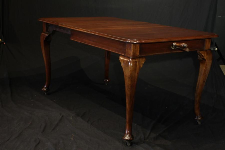 Small Mahogany Extending Dining Table Circa 1880