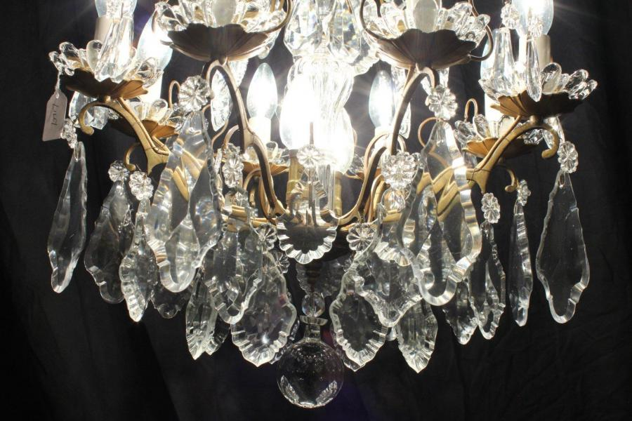 Lily – Art Deco Period Beauty – Vintage Chandelier