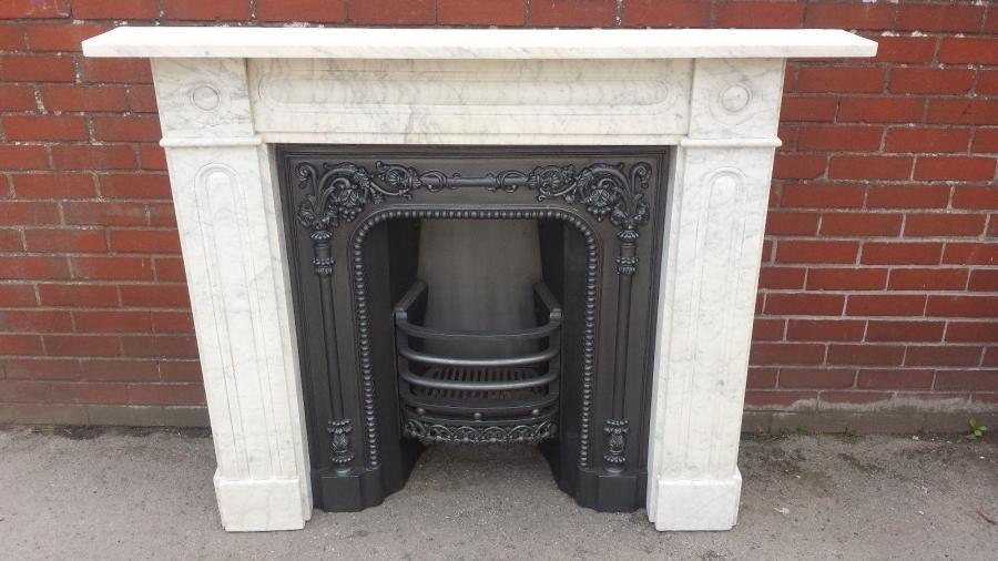 GEORGIAN WHITE CARVED MARBLE BULLSEYE FIRE SURROUND